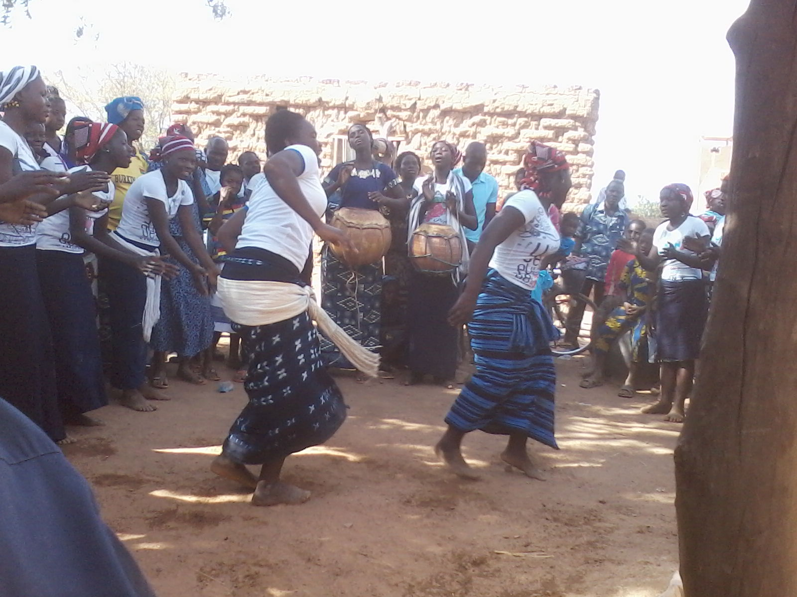 copyright Zembalacultur/ Danse du Kêgba