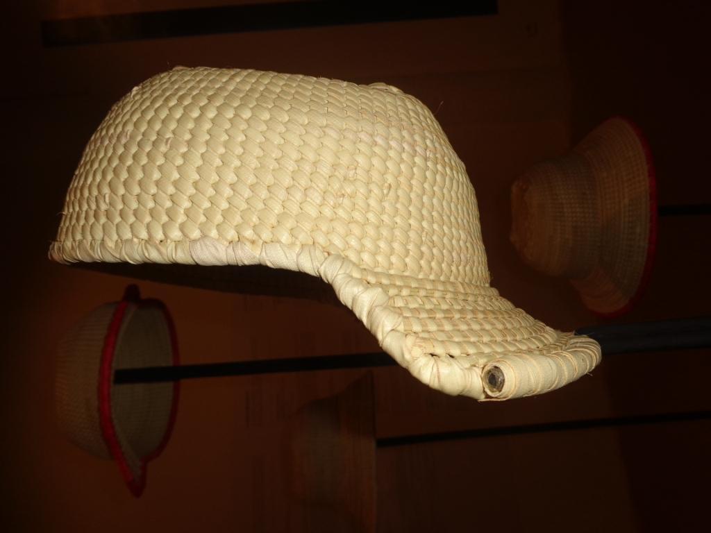 Photo zembalacultur/ Casquette du fibre de rônier